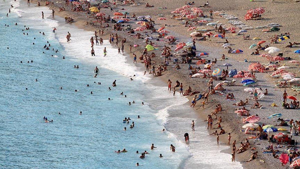Muğla'da tatilci yoğunluğu koronavirüs vaka sayılarını yüzde yüz artırdı  #1