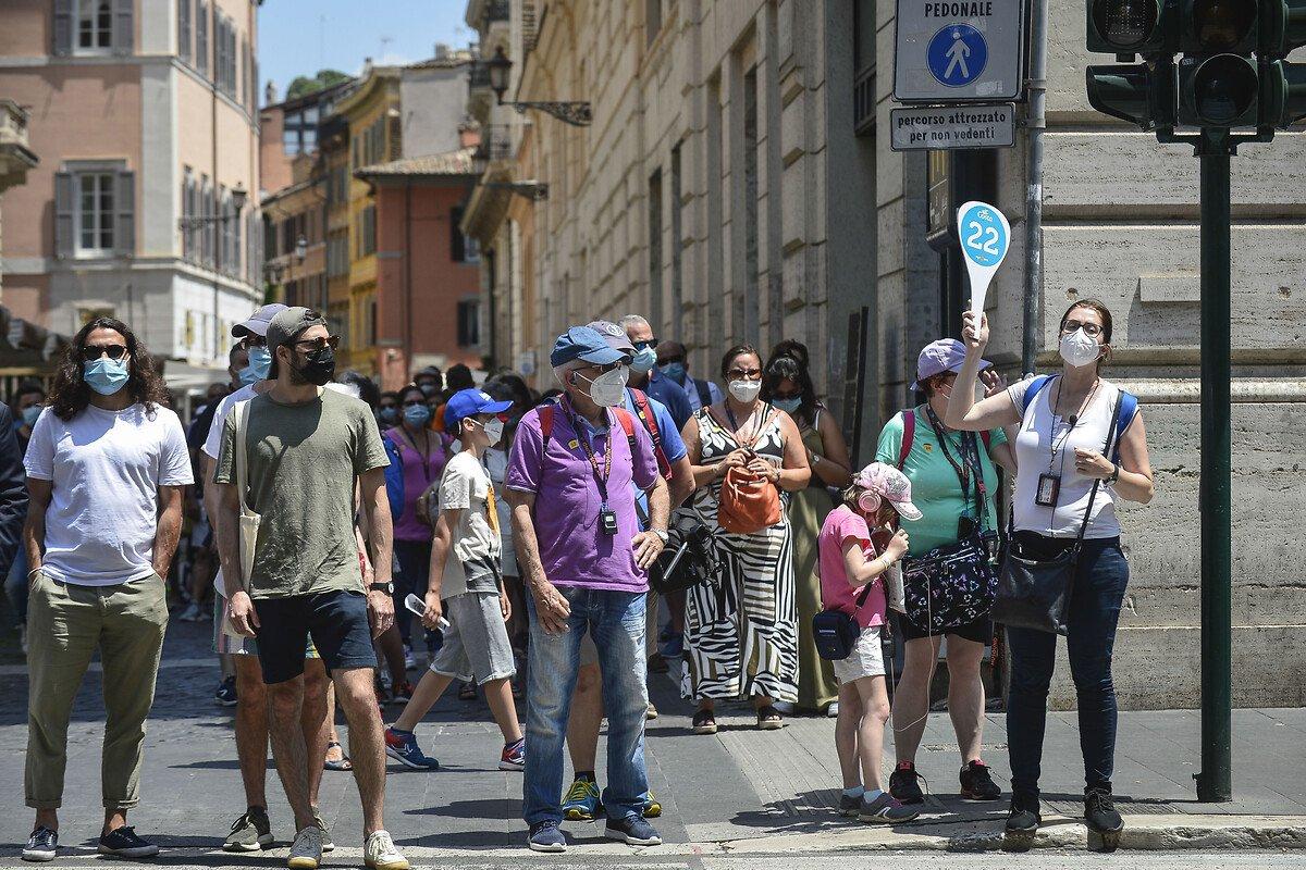 İtalya'da son 24 saatte 5 bin 140 yeni vaka #1