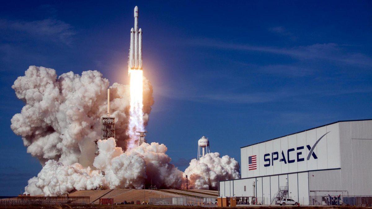 NASA, Europa'ya gitmek için SpaceX ile 178 milyon dolara anlaştı