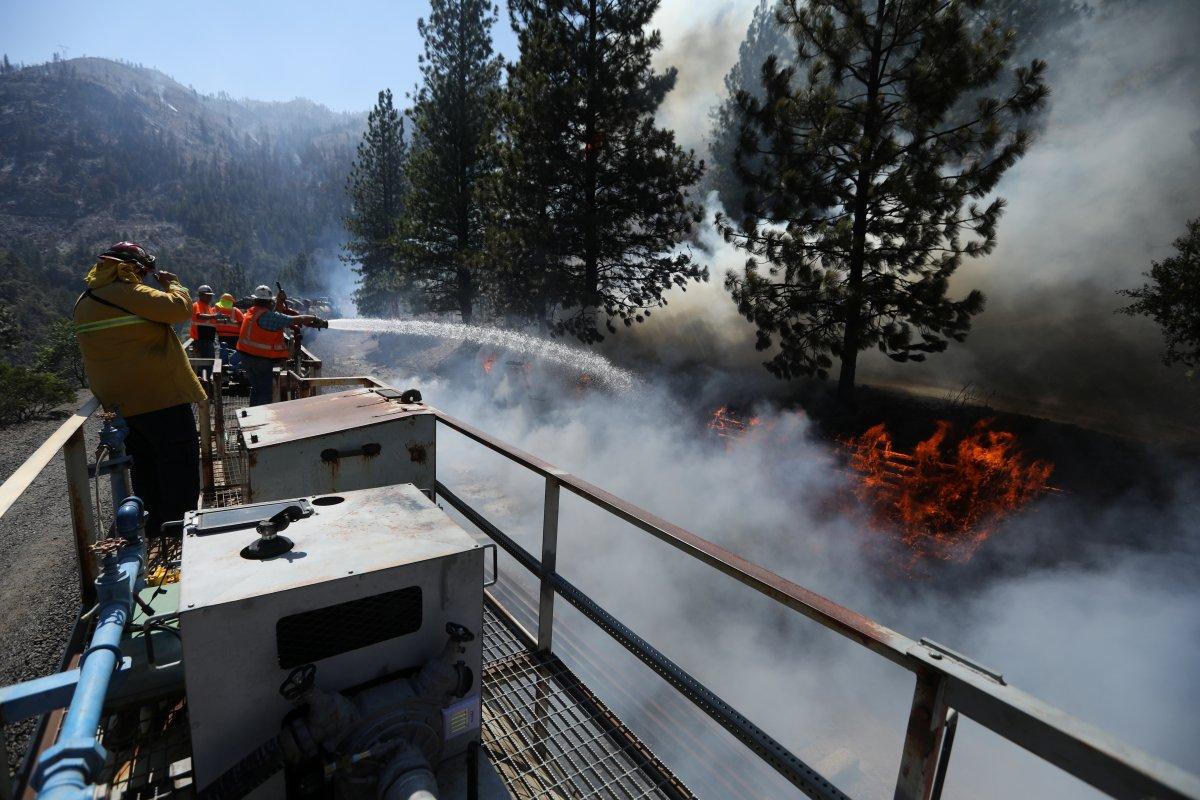 Kaliforniya da orman yangınıyla mücadele #12