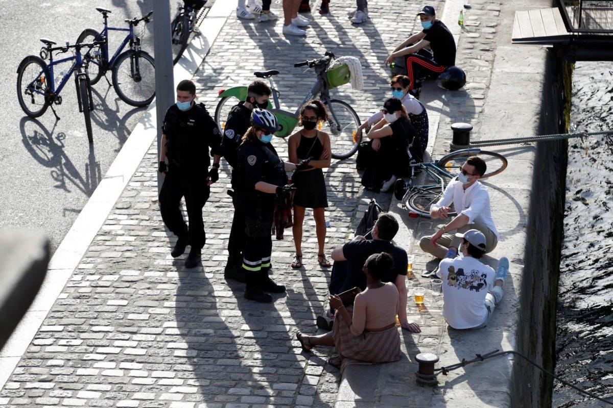 Fransa da koronavirüs nedeniyle alkol yasağı #1