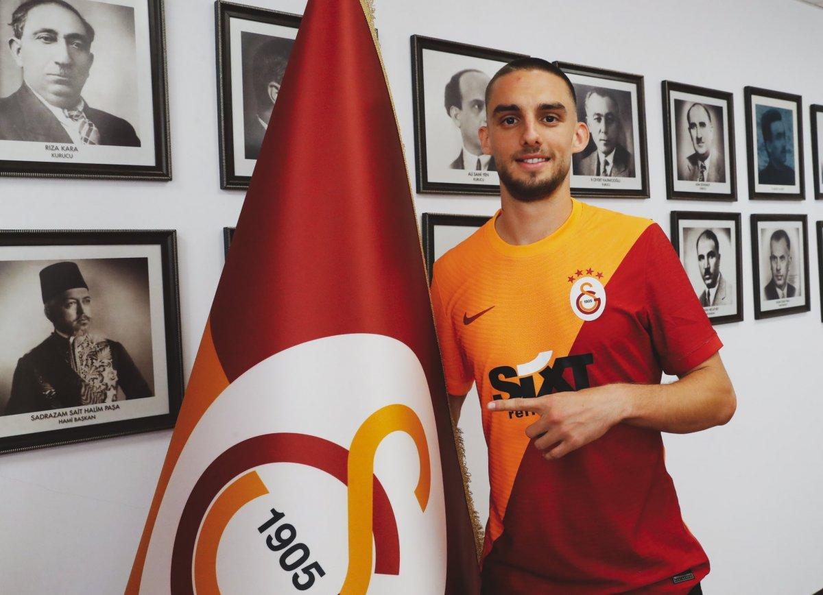 Galatasaray Berkan İsmail Kutlu yu borsaya bildirdi #2