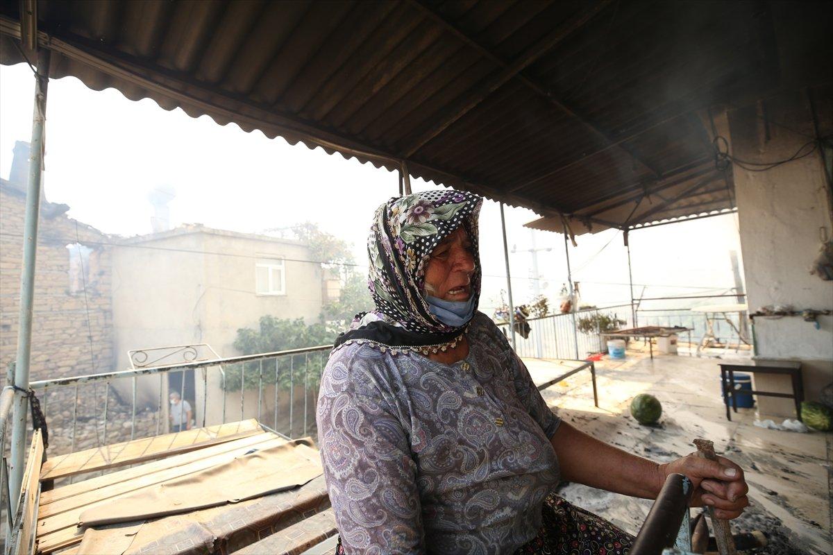 Manavgat ta kanser hastası yaşlı kadının tedavi parası yangında kül oldu #1