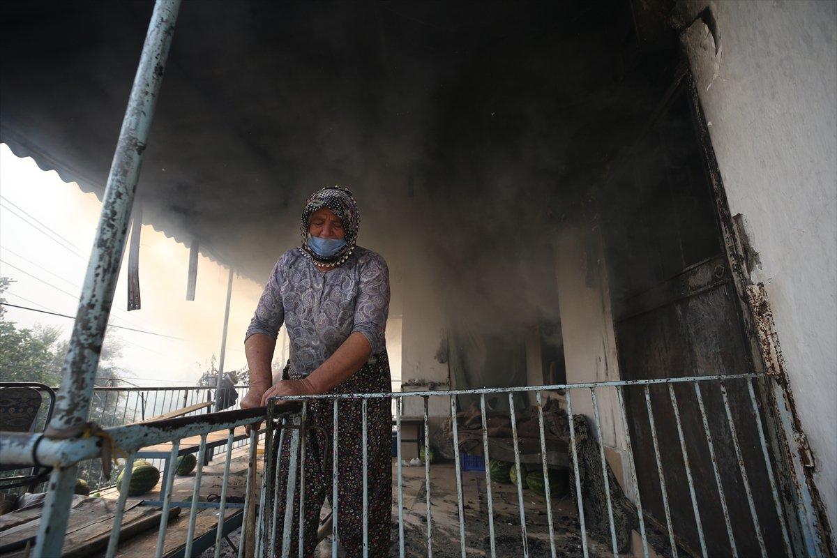 Manavgat ta kanser hastası yaşlı kadının tedavi parası yangında kül oldu #4
