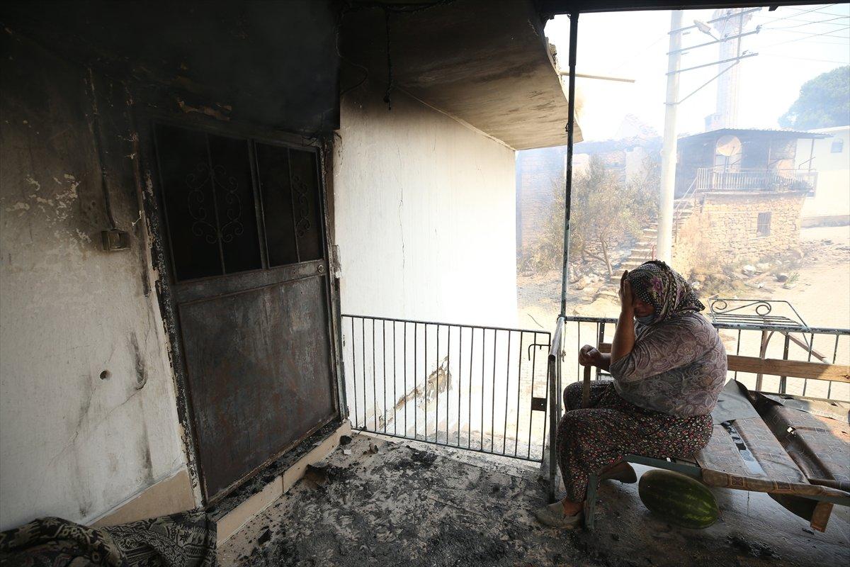 Manavgat ta kanser hastası yaşlı kadının tedavi parası yangında kül oldu #2