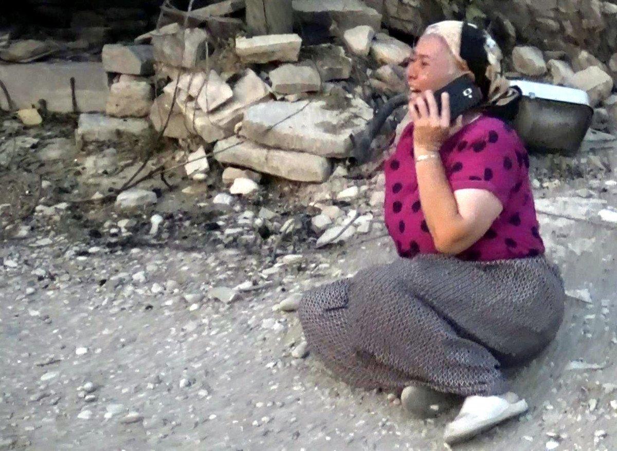 Manavgat taki yangında feryat edenlerin yardımına koşuluyor #2