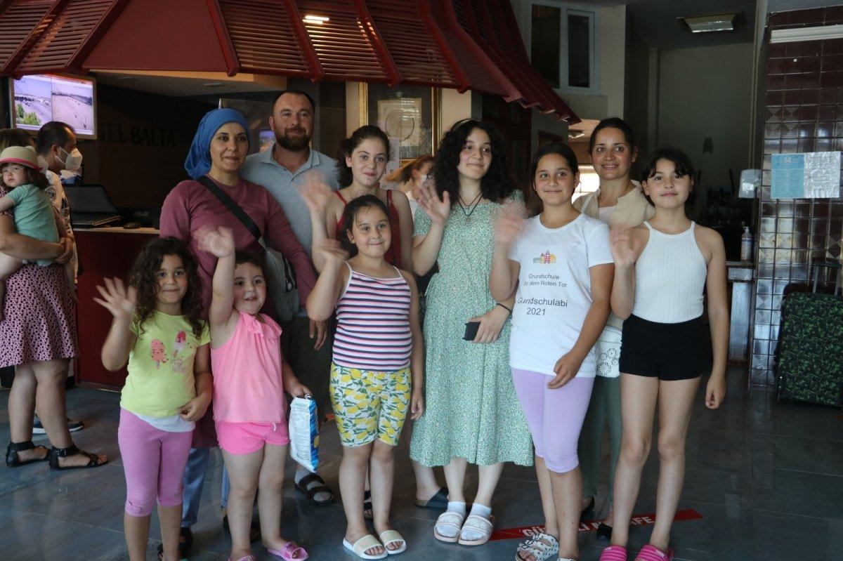 Edirne'de gurbetçilerden otellerde yer kalmadı #3