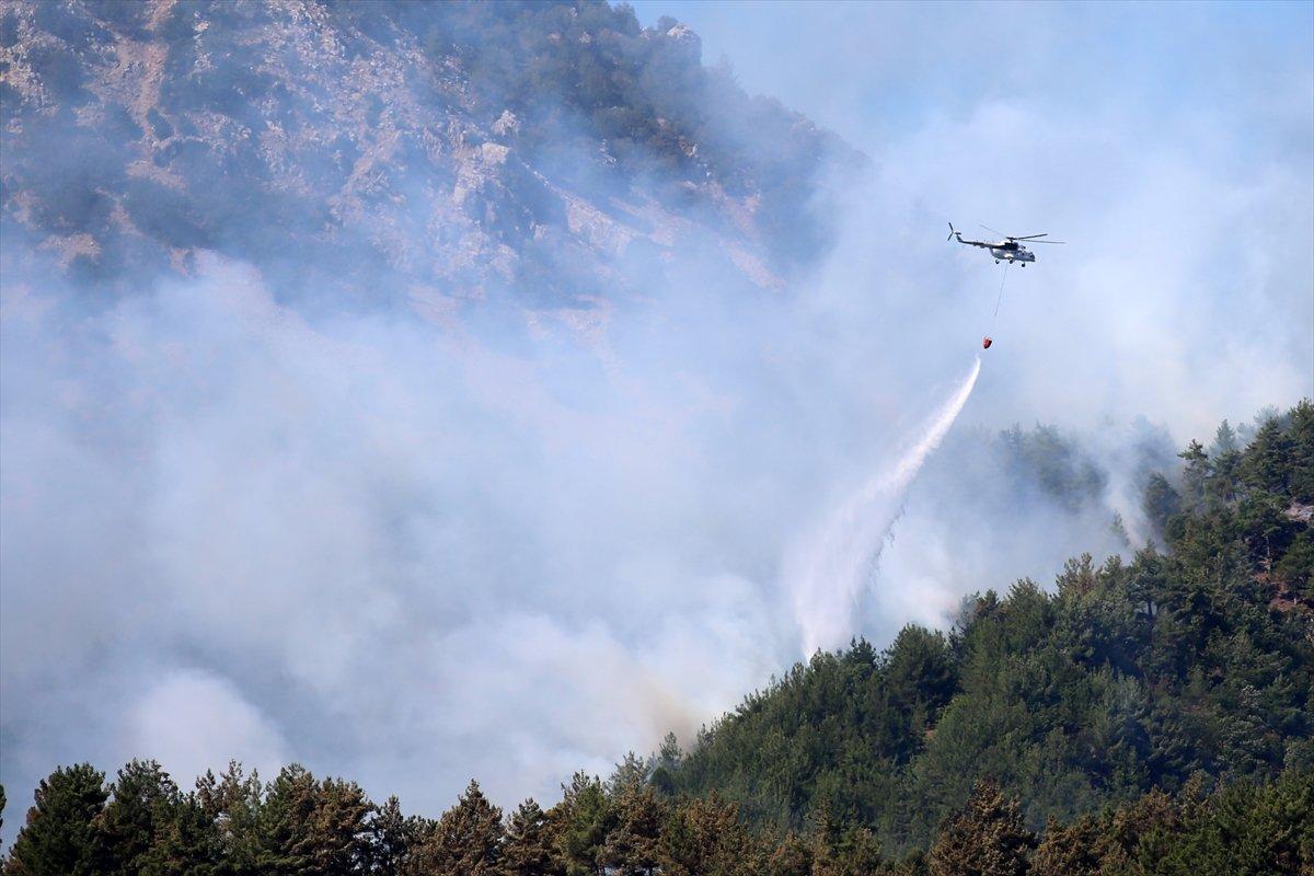 Kozan daki orman yangını kontrol altına alındı #2