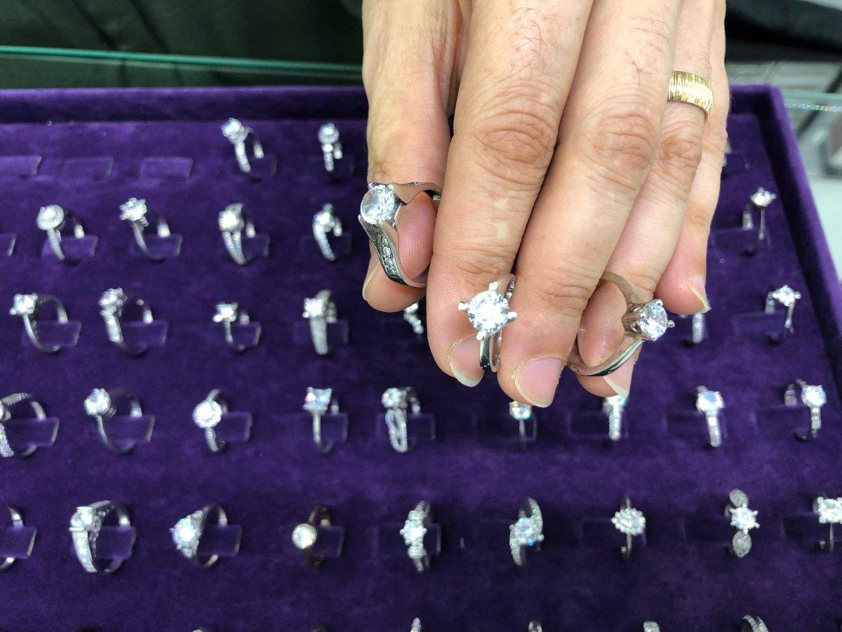 Eskişehir'de gümüşçülerin yüzü gurbetçilerle güldü #2