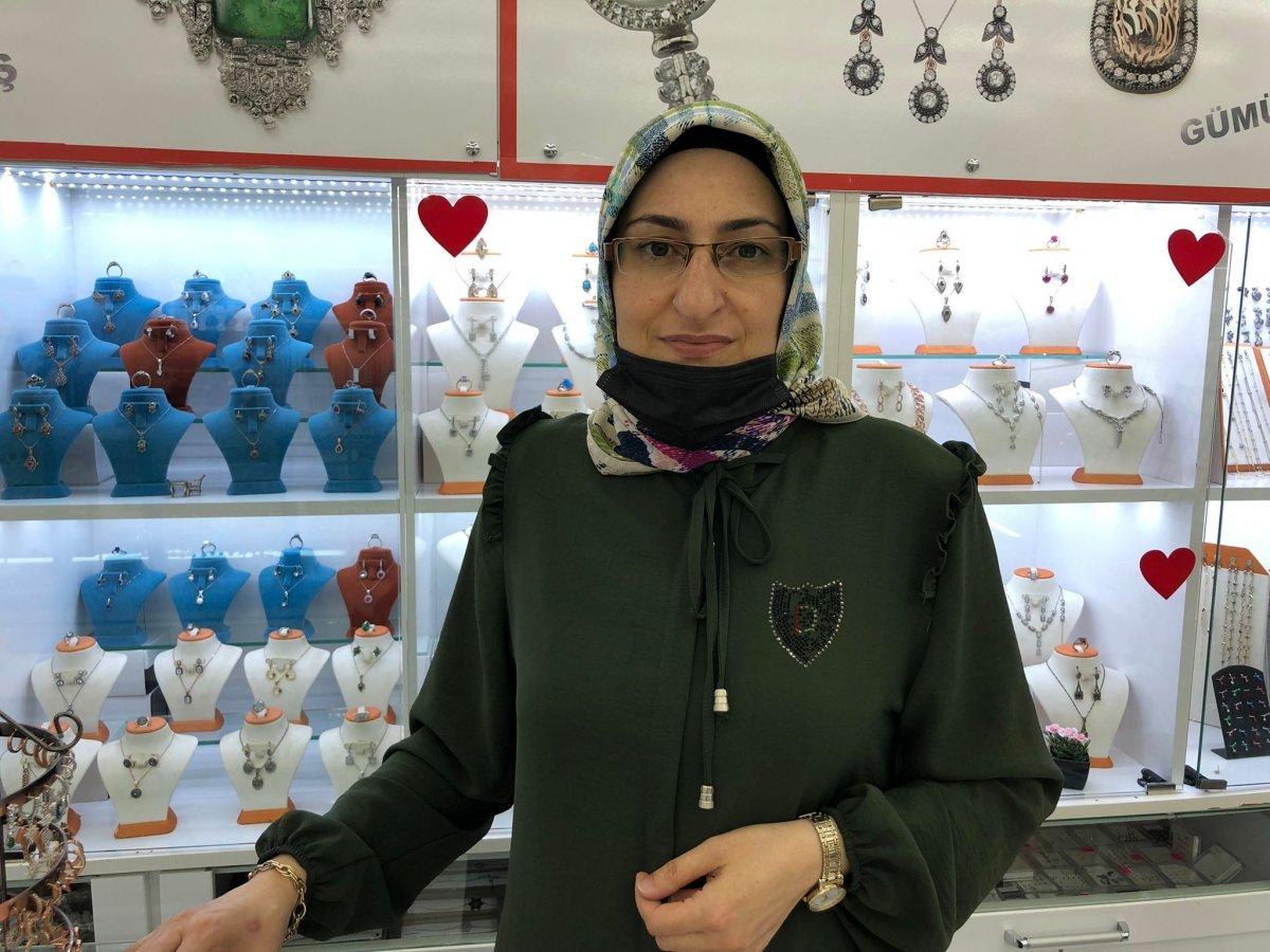 Eskişehir'de gümüşçülerin yüzü gurbetçilerle güldü #1
