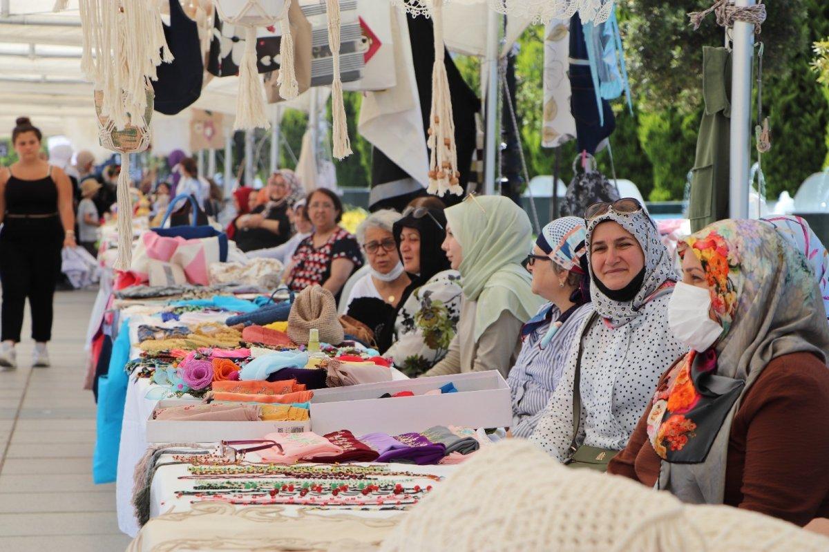 Samsun da kadınlar pandemide ürettiklerinden sergi açtı #5