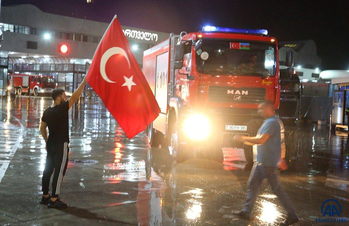 Azerbaycan dan yangınla mücadeleye destek ekibi geldi #3
