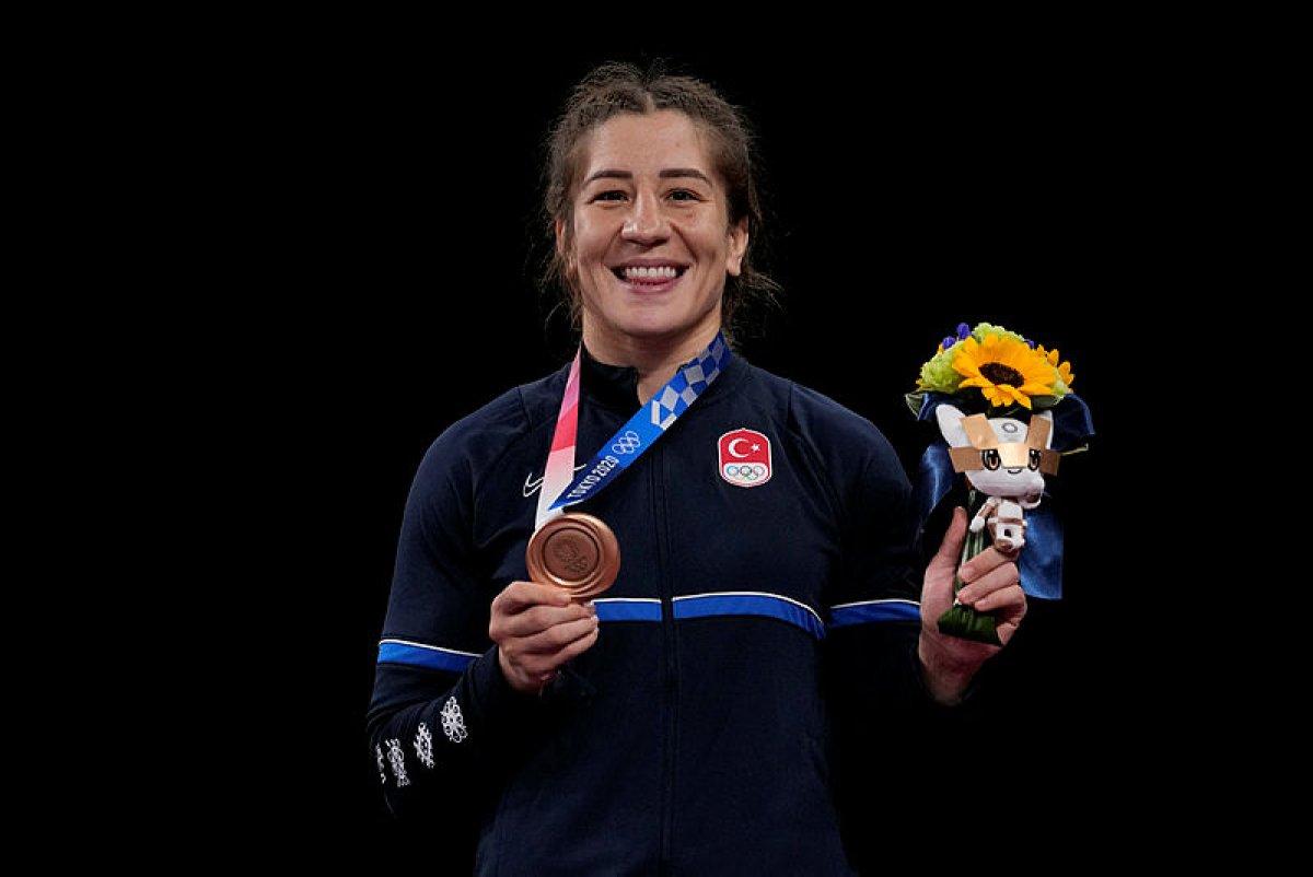 Yasemin Adar, serbest stil 76 kiloda bronz madalya kazandı #4
