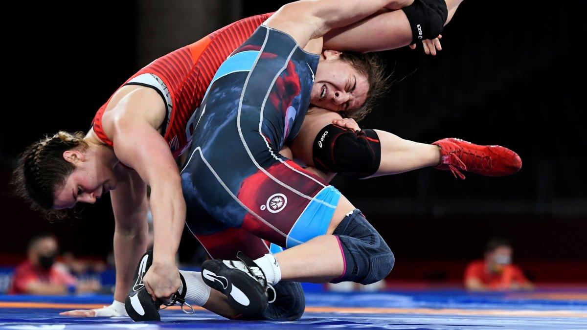Yasemin Adar, serbest stil 76 kiloda bronz madalya kazandı #2
