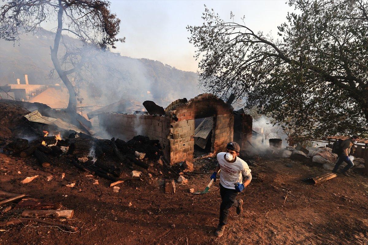 Türkiye de orman yangınlarının devam ettiği bölgeler #8