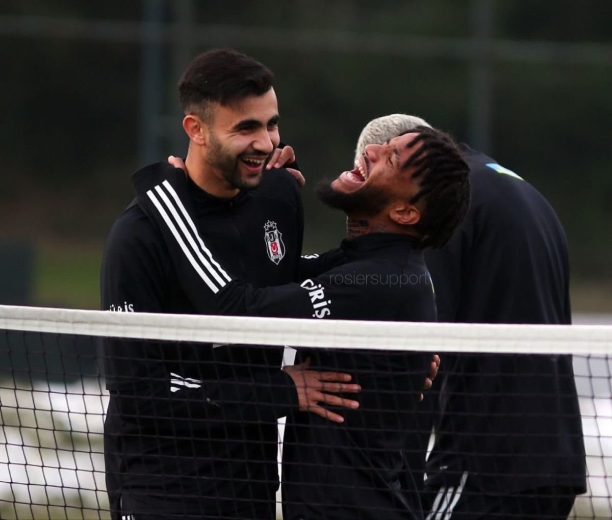 Valentin Rosier: Come to Beşiktaş Rachid #1