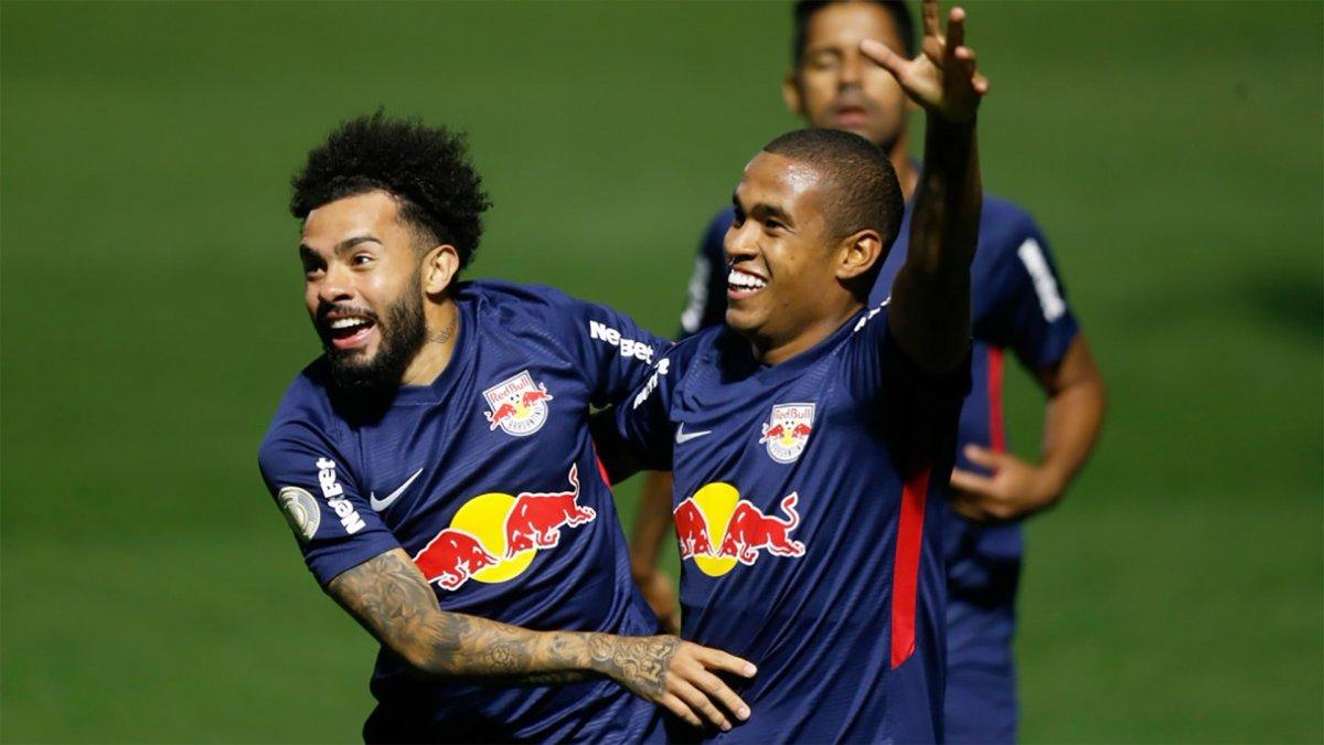Galatasaray 10 numara için Claudinho yu izliyor #2
