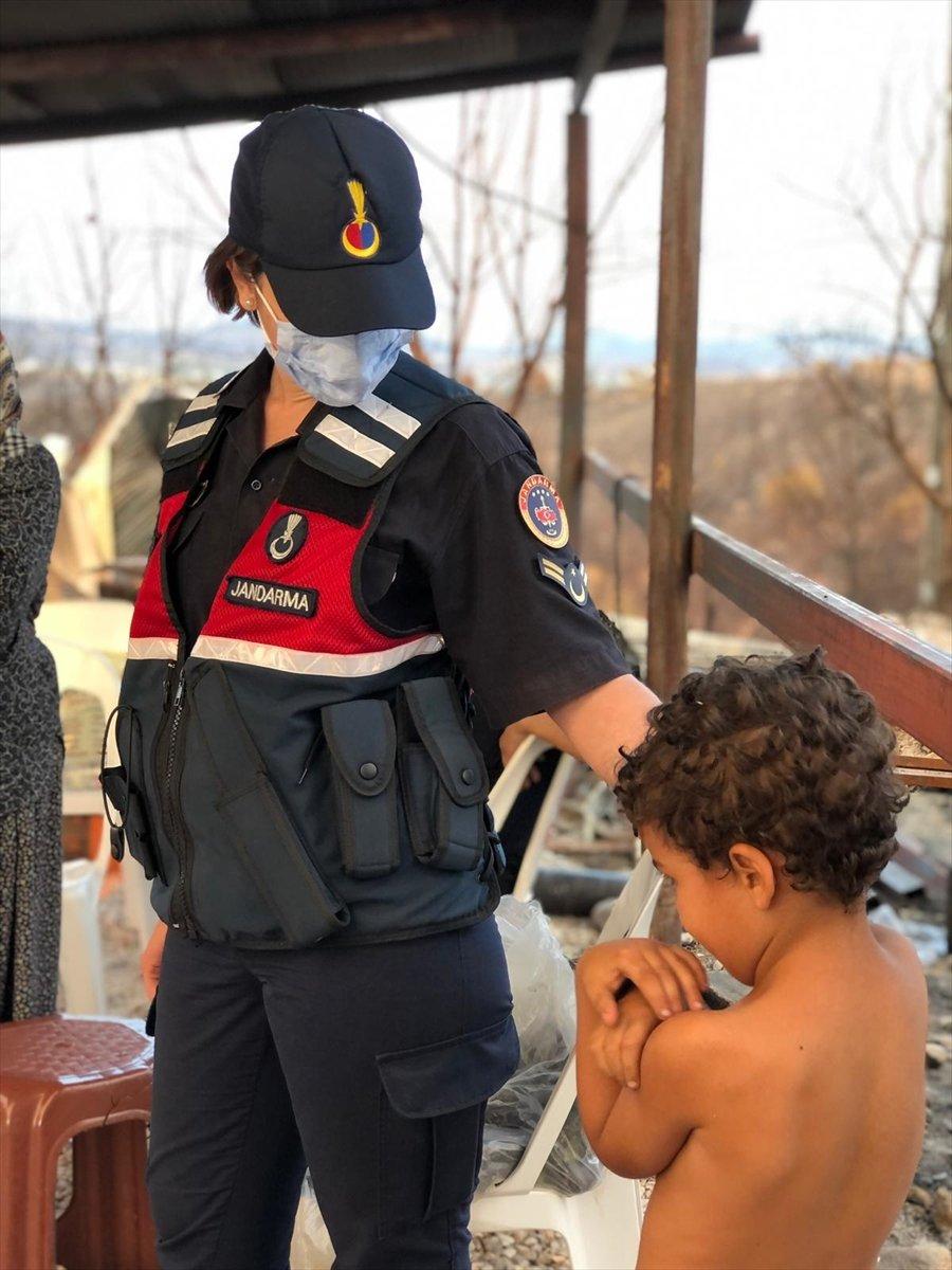 Mahsun Kırmızıgül: Orman yangınlarında askerler neden kışlada #13