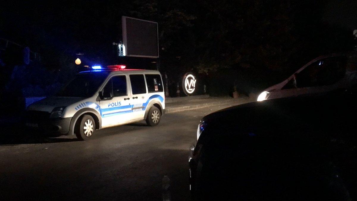 İzmit te restoranda silahlı kavga: 1 ölü 1 yaralı #2
