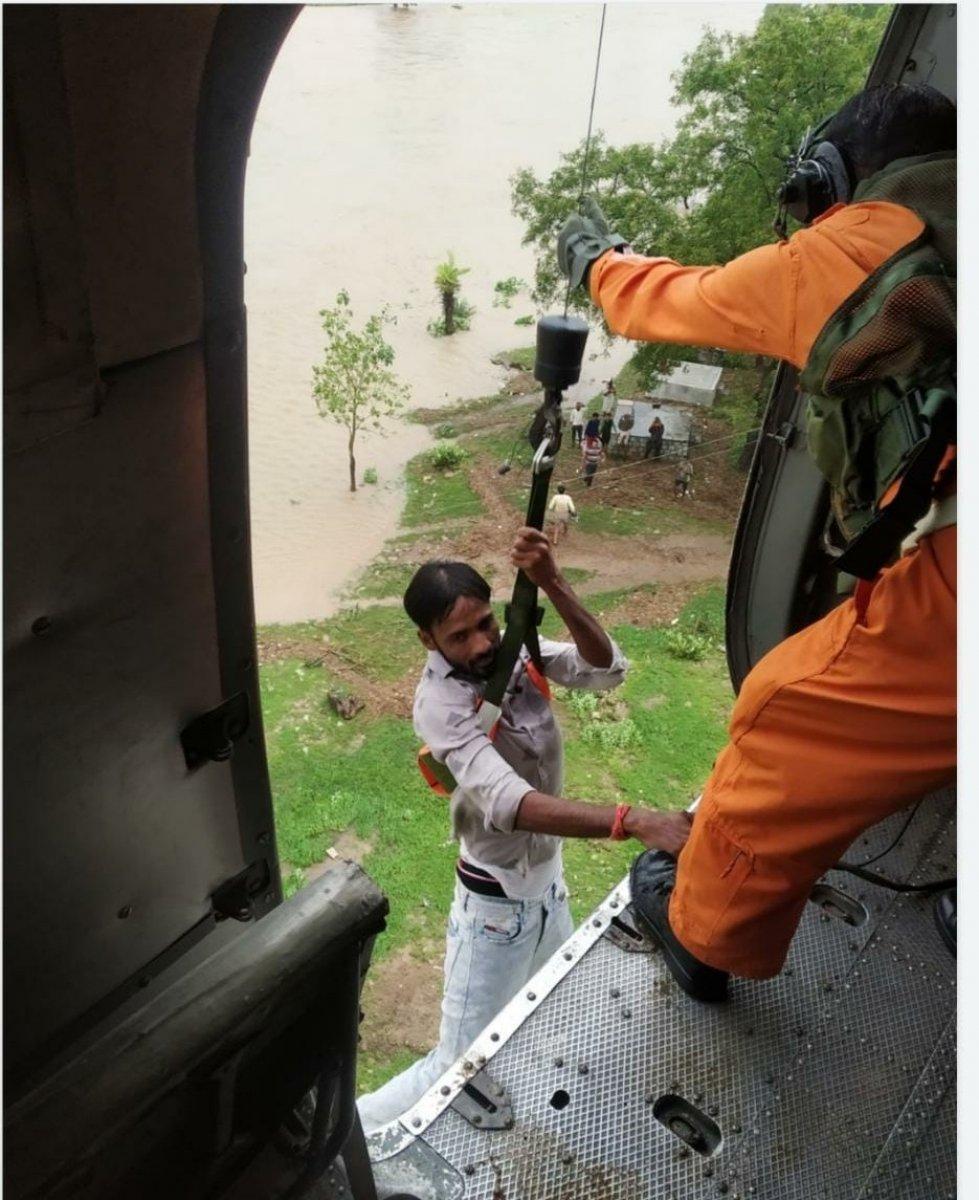 Hindistan da sel felaketi: 15 ölü #1