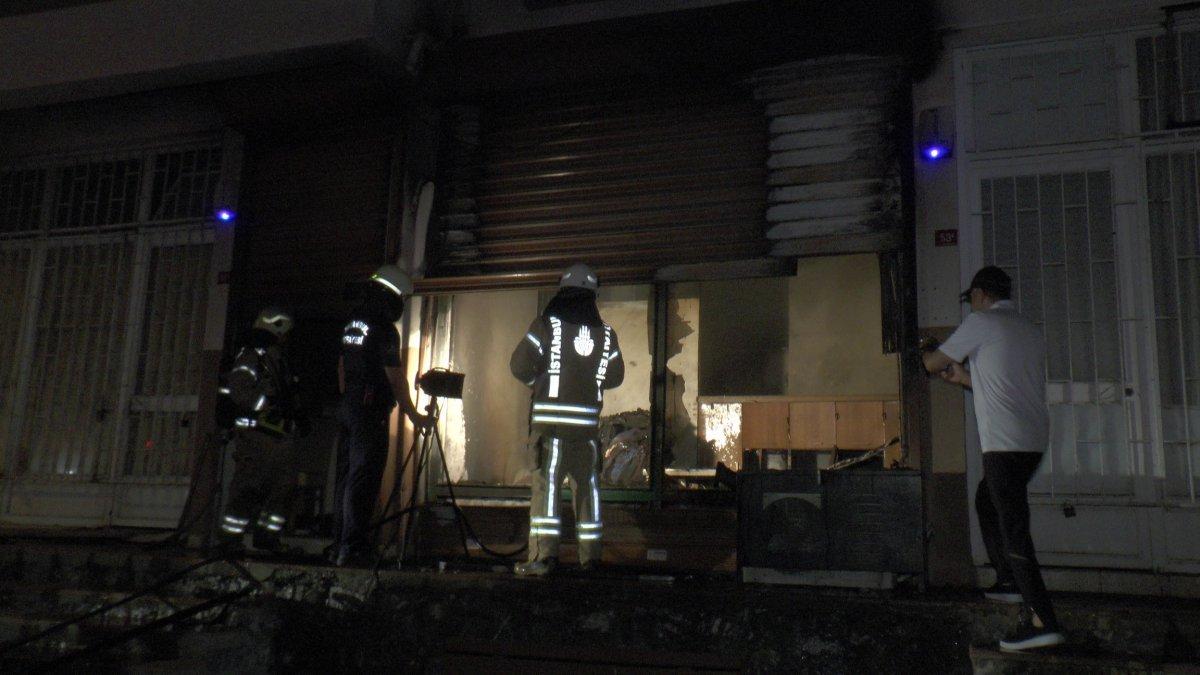 Kadıköy de depo yandı #2