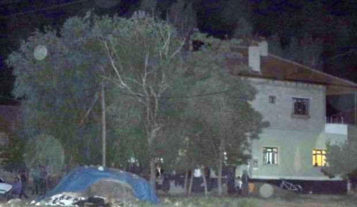 Kayseri de komşular arasında saman tozu kavgası kanlı bitti #1