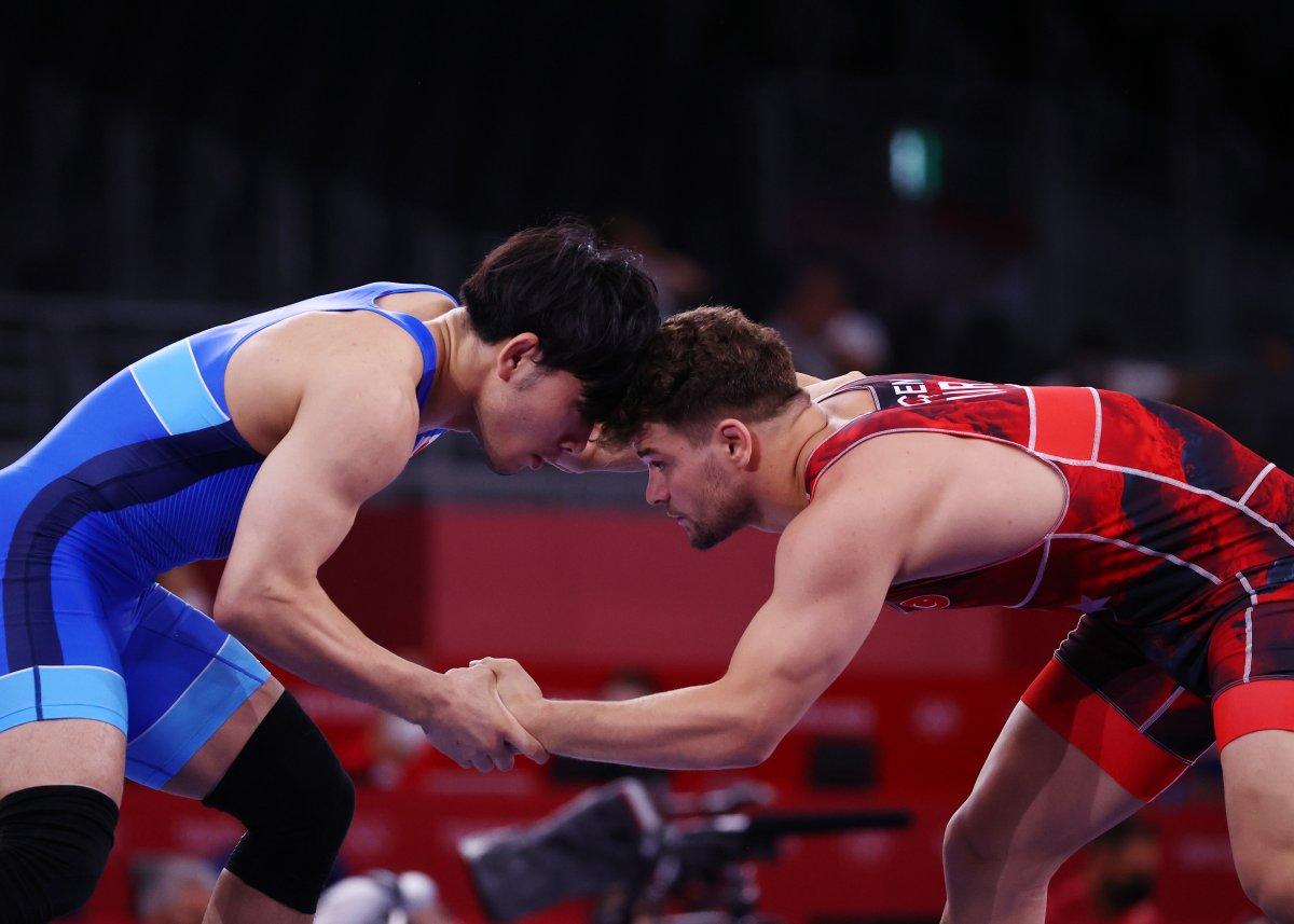Milli güreşçi Osman Göçen Tokyo da çeyrek finalde #1