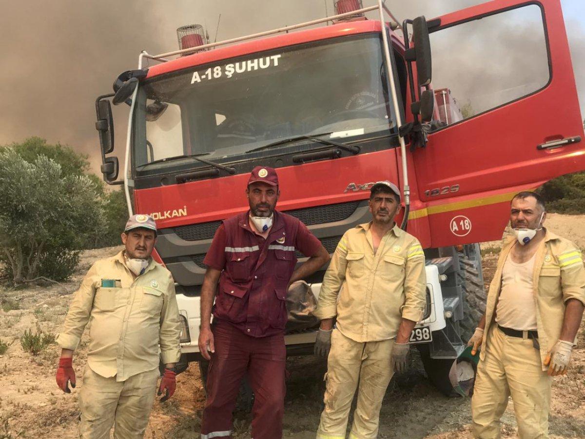 Antalya da  alev savaşçıları  yangını söndürmekte kararlı  #3