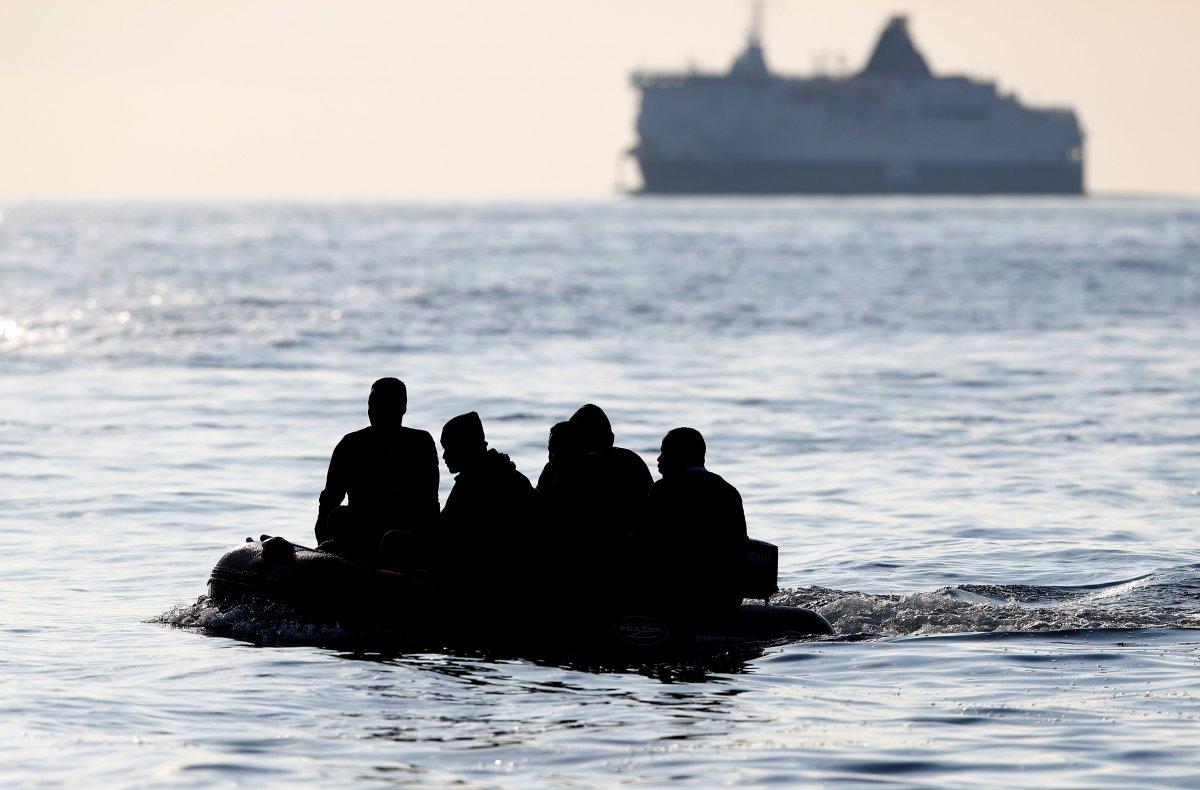 482 göçmen, Manş Denizi ni geçti #1