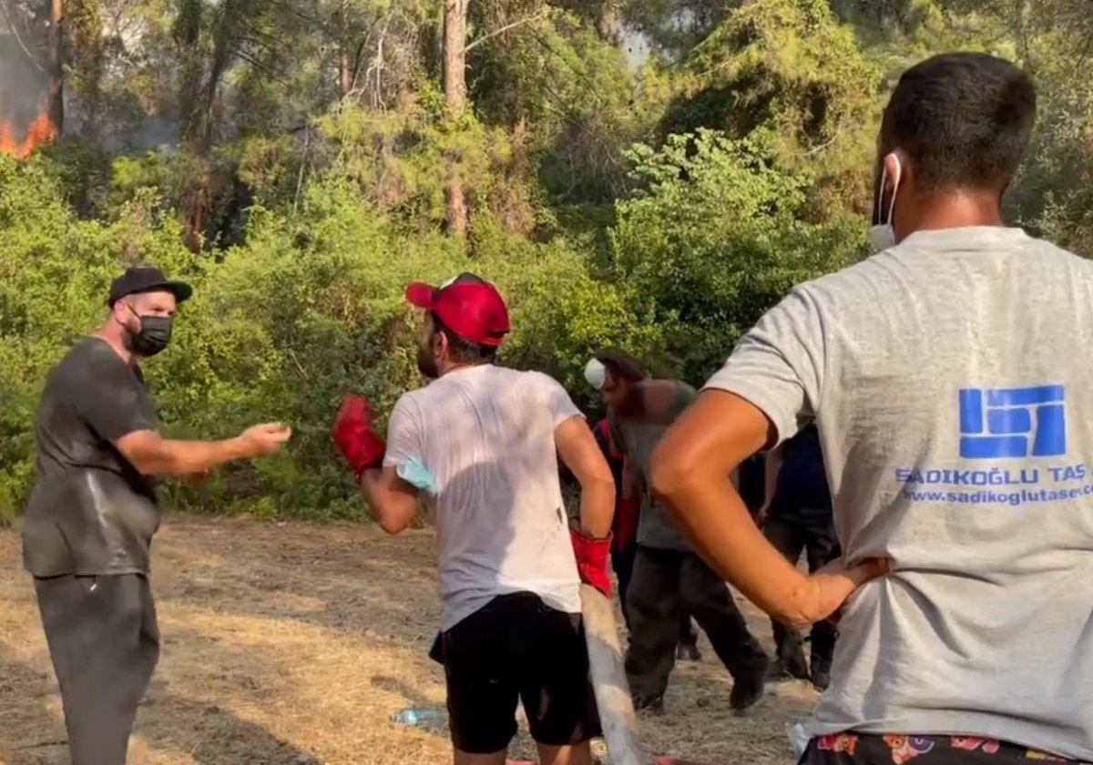 Şahan Gökbakar dan gönüllü vatandaşa uyarı  #1