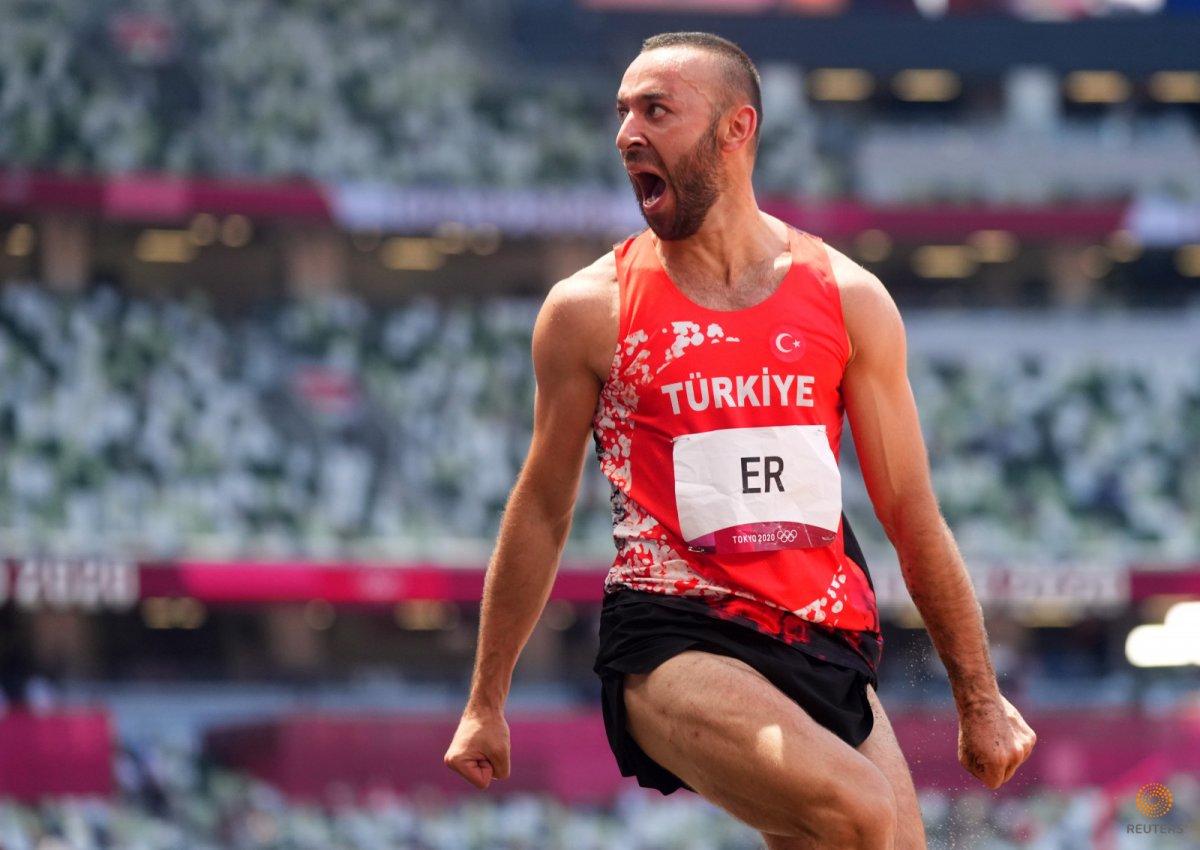 Milli atlet Necati Er, Tokyo da üç adım uzun atlamada altıncı oldu #1