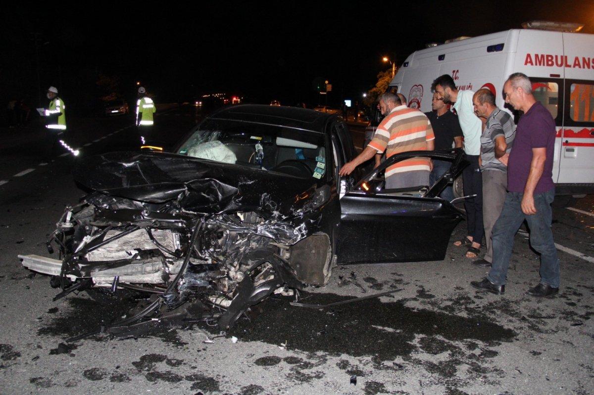 Erzincan da kaza: 1 bebek hayatını kaybetti, 7 kişi yaralandı  #2