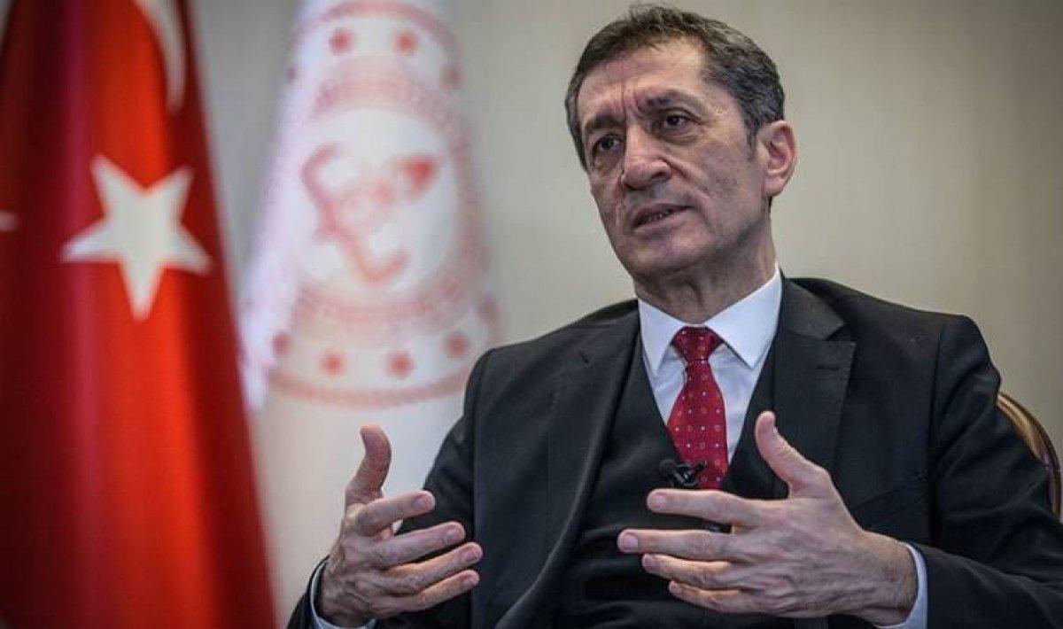 Ziya Selçuk un yerine Mahmut Özer, Milli Eğitim Bakanlığı na atandı #3