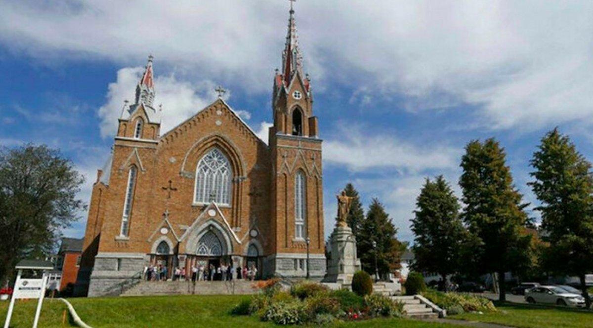 Kanada da Katolik Kilisesinin hayır kurumu statüsünün iptali için kampanya başlatıldı #2