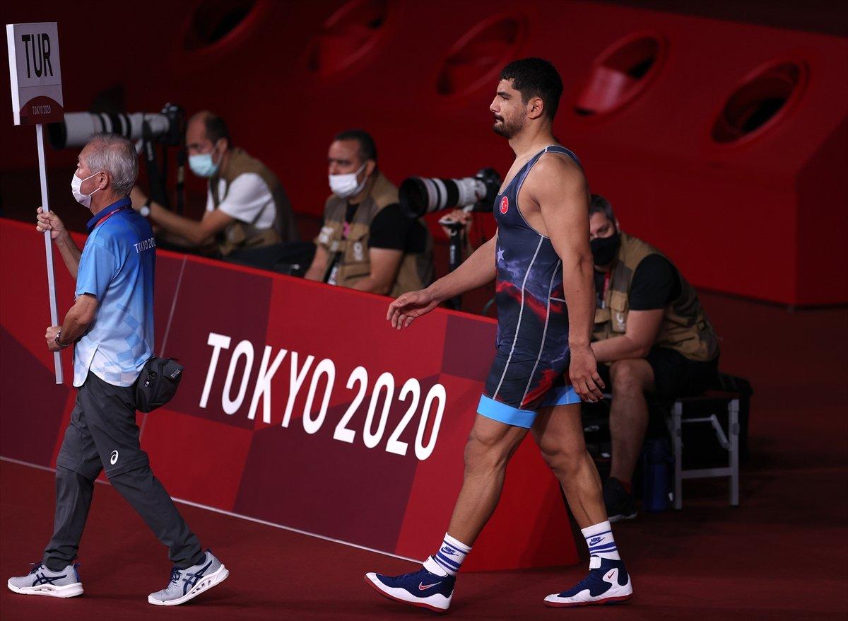 Taha Akgül, bronz madalya için güreşecek #2