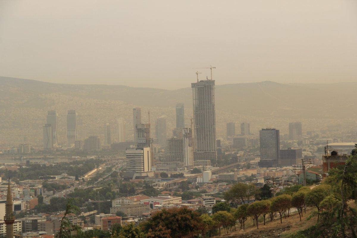 Bölgedeki yangınlar, İzmir den Çanakkale ye kadar gökyüzü rengini değiştirdi #7