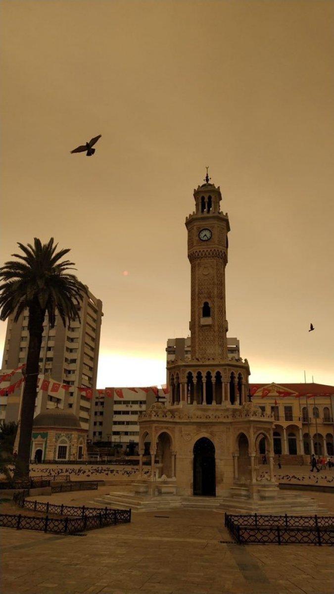 Bölgedeki yangınlar, İzmir den Çanakkale ye kadar gökyüzü rengini değiştirdi #14