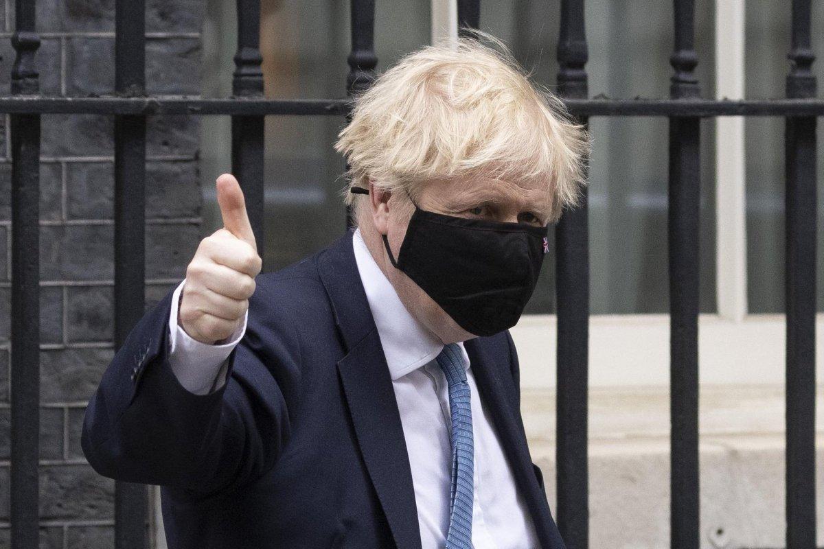 İngiltere Başbakanı Boris Johnson ın karantina kararına tepki gösterildi #2