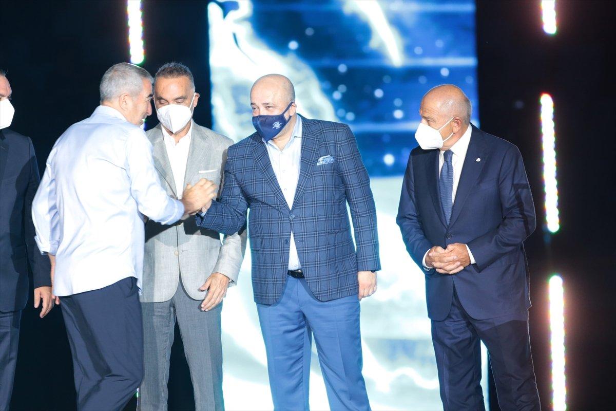 Adana Demirspor şampiyonluk kupasını kaldırdı #3