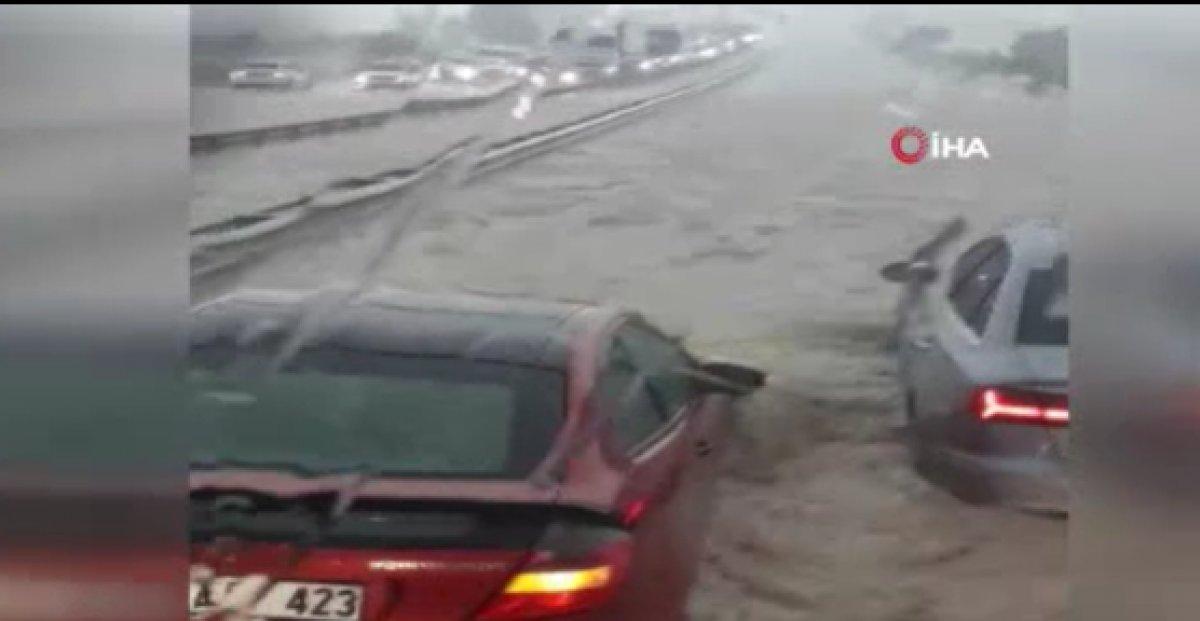 Ankara da sağanak sonrası sel #2