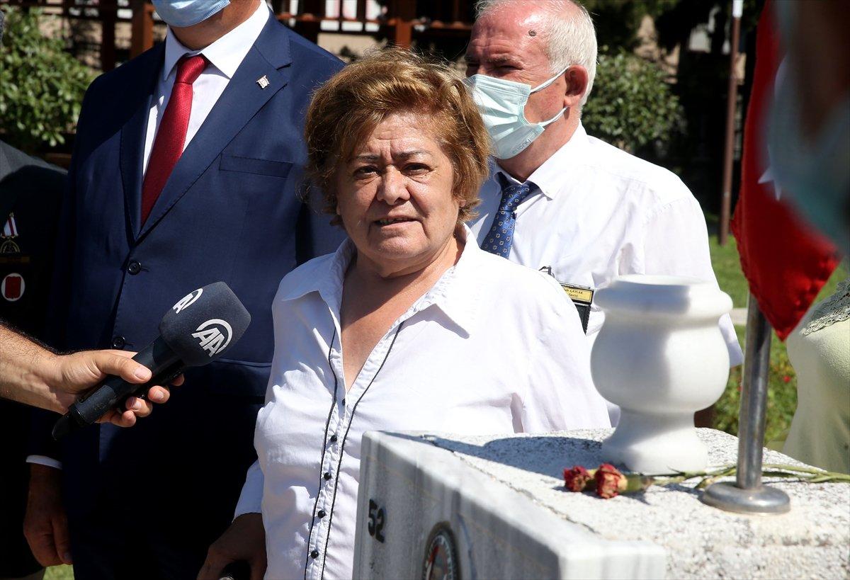 Şehit Pilot Yüzbaşı Cengiz Topel mezarı başında anıldı  #1