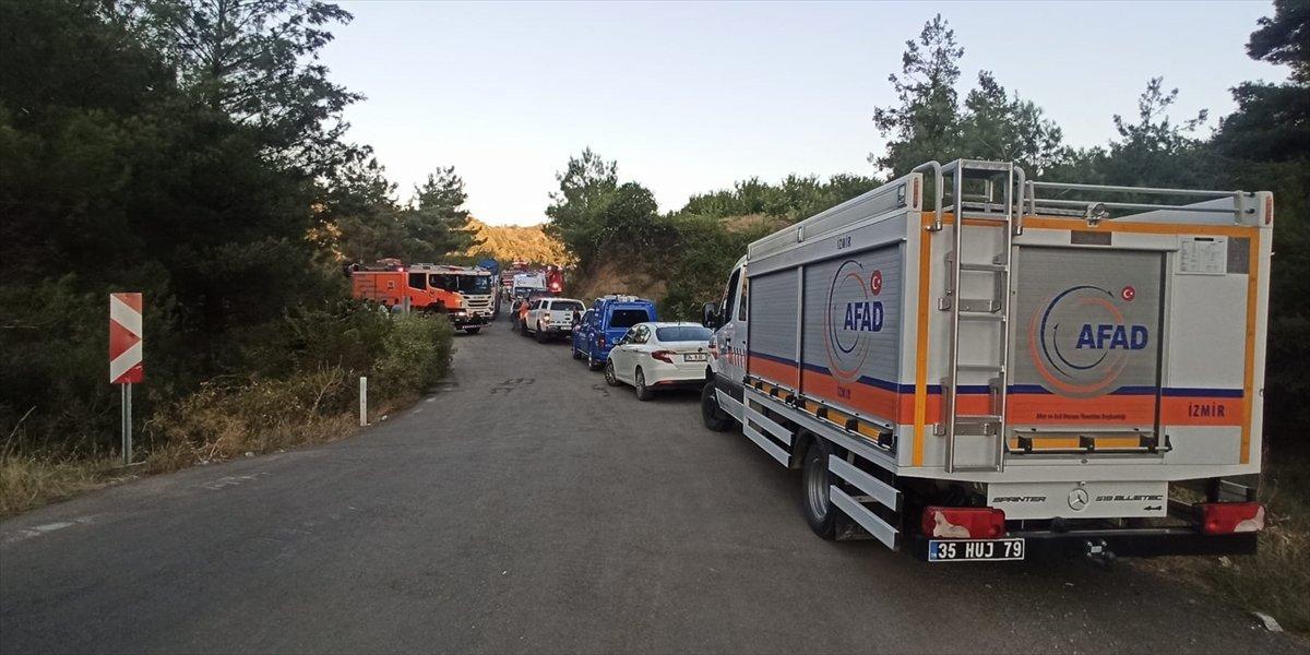 İzmir de türbe dönüşü kaza meydana geldi  #3