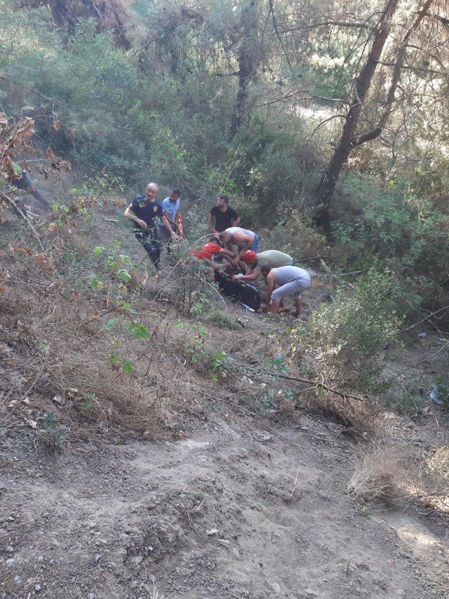 İzmir de türbe dönüşü kaza meydana geldi  #4
