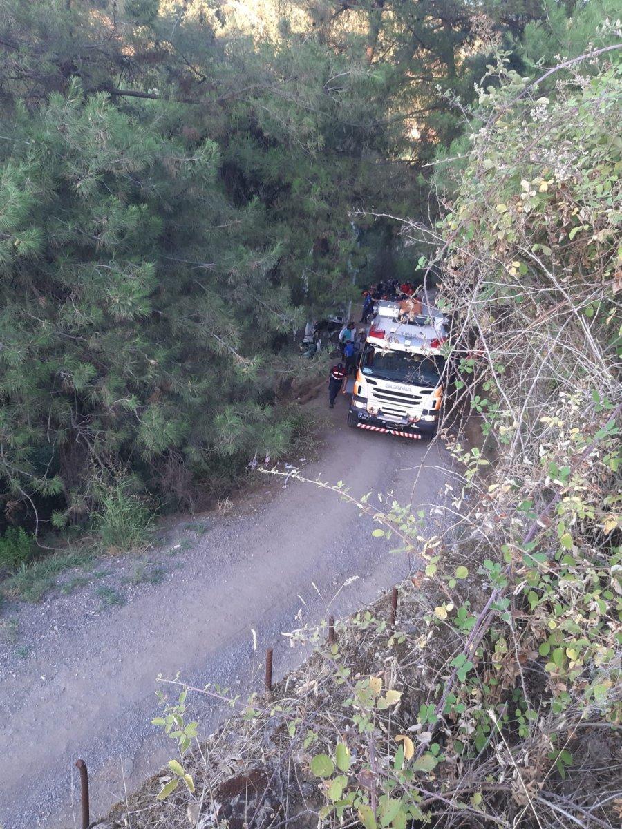İzmir de türbe dönüşü kaza meydana geldi  #6