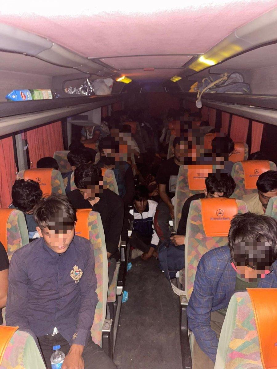 Kocaeli de 68 kaçak göçmen yakalandı #2