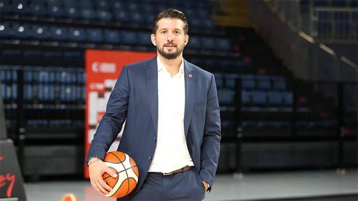 Galatasaray da basketbol takımı Kerem Tunçeri ye emanet #1