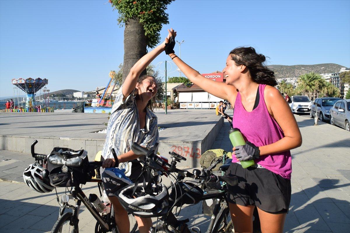 Avusturya'dan bisikletle yola çıkan 3 kadın, bir ayda Türkiye ye ulaştı #3