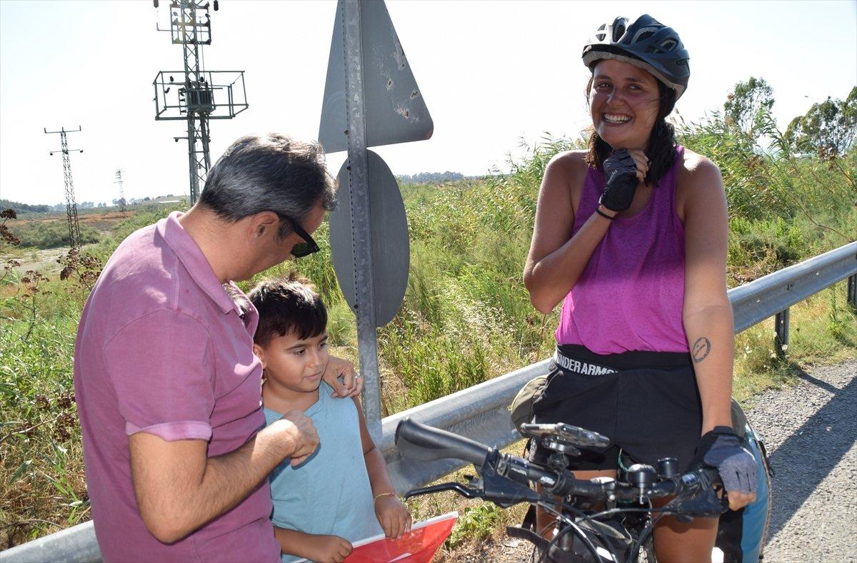 Avusturya'dan bisikletle yola çıkan 3 kadın, bir ayda Türkiye ye ulaştı #5