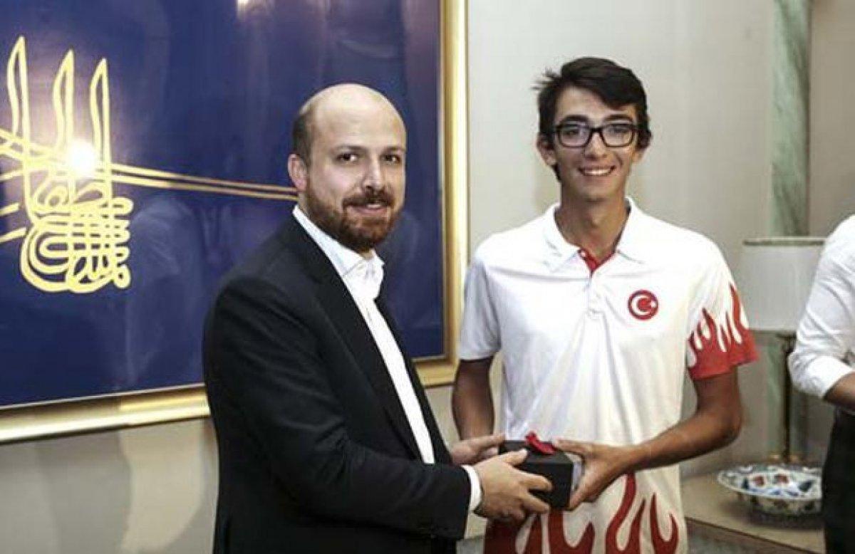 Bilal Erdoğan: Mete Gazoz ile olimpiyatlarda yeni bir madalya kapısı aralandı #2
