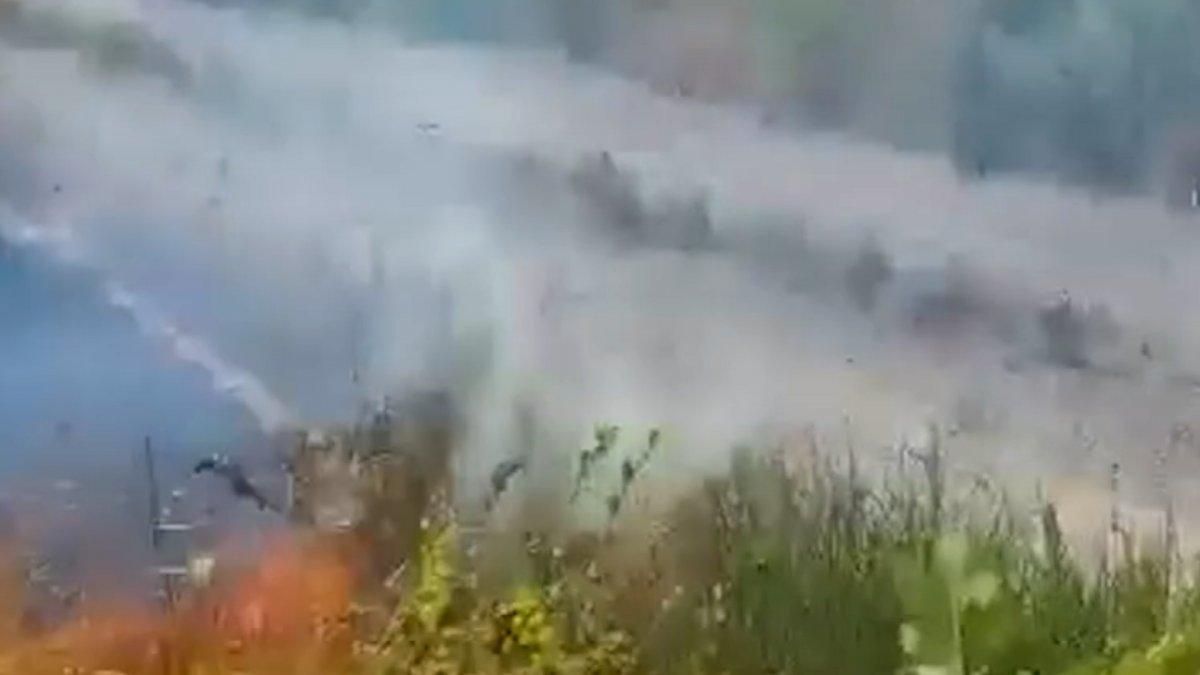 İtalya da yangın çıkaran kundakçı, kameraya yakalandı #2
